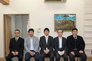 選挙管理委員会 委員の写真